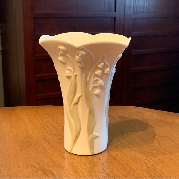Lenox Floral Blossoms - Lily of the Valley Vase